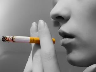 Mulheres têm duas vezes mais chance de ter câncer de pulmão
