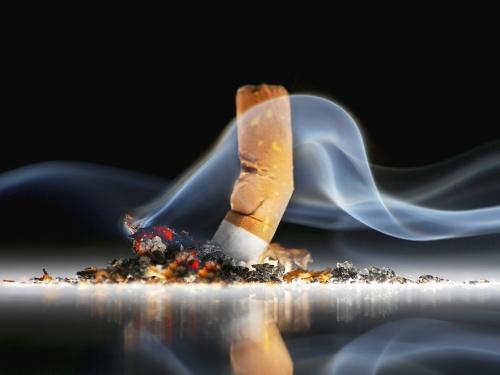 1 a cada 5 fumantes não sabe que vício dá câncer de pulmão, diz OMS